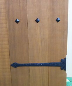 simple decor tack and nails, installation example - using as a door decoration