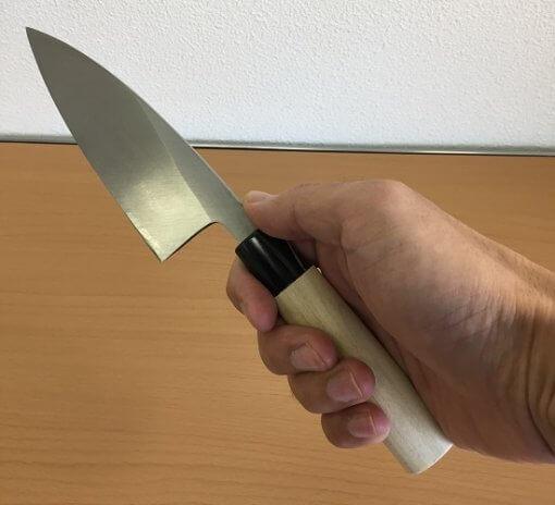 Japanese kitchen knife made in Sakai, short deba