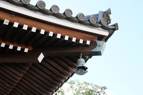 """japanese traditional wind chime """"futaku"""" in the roof"""