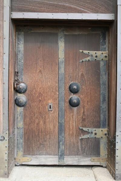details of 1st gate of Himeji Castle and Ninja Hardware