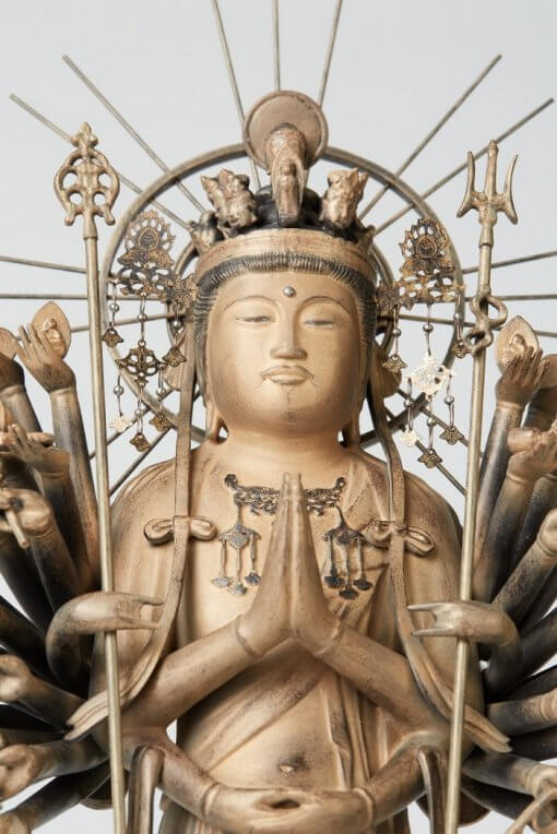 Buddha Statue for sale, 1000-armed Kannon, zooming up of face