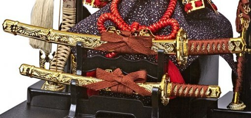 Samurai helmet for sale, fugaku model, details of accessories: a pair of Samurai swords Katana