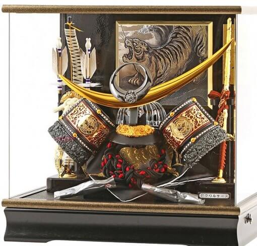 samurai helmet for sale, Kenshin Uesugi - Tenzan model, in case view