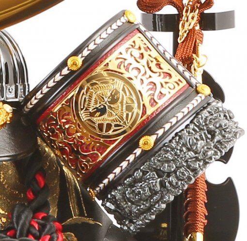 samurai helmet for sale, Kenshin Uesugi - Tenzan model, zooming up to Fukikaeshi decorations