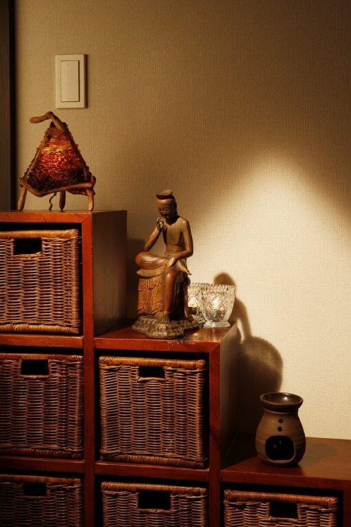 Buddha Statue for sale, Miroku Buddha, example of interior cordinate