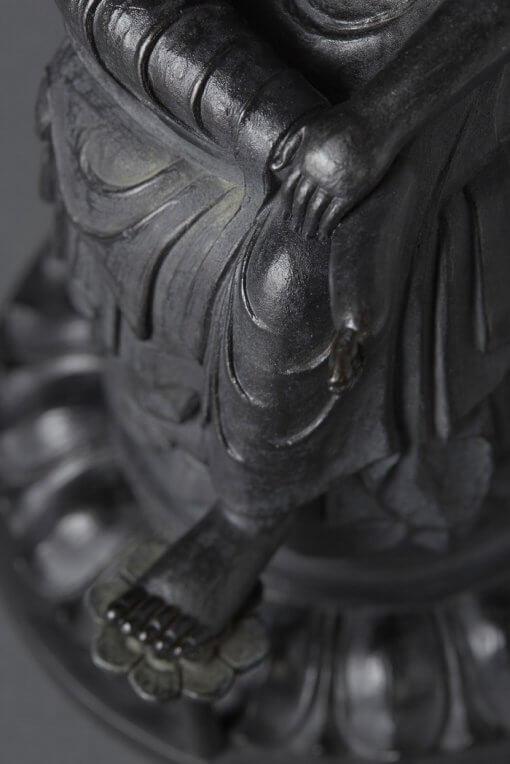Buddha Statue for sale, Palm-sized Bosatsu Hanka, details of pedestal and crossing legs