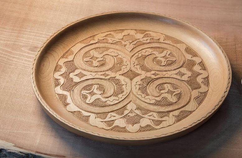 product example, Japanese crafts Nibutani Ita round tray