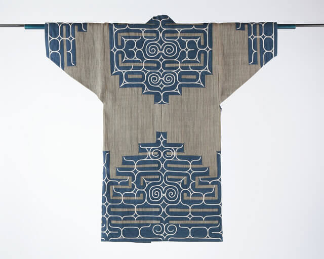 Japanese crafts Nibutani Bark Cloth, product example entire view