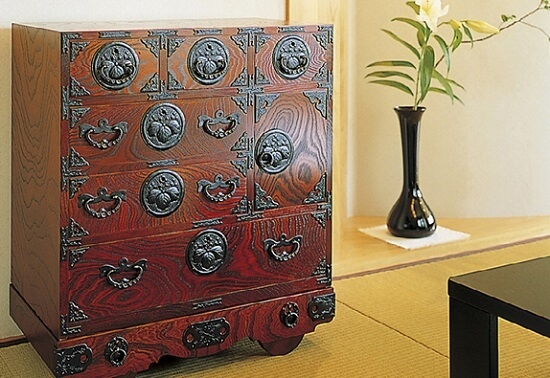 Japanese Iwayado Clothing Chest, interior example in Japanese room
