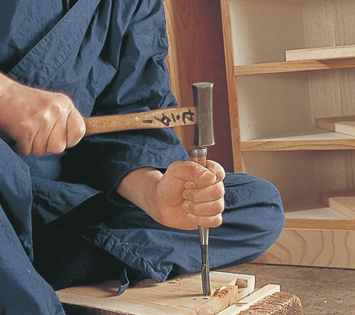 Japanese Iwayado Clothing Chest, making process by a craftsman