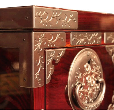 Japanese Iwayado Clothing Chest, metal fitting decoration on beautiful lacquer wood