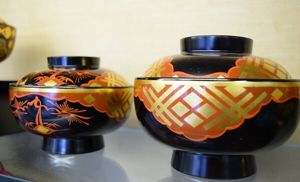 Japanese lacquerware crafts, Hidehira Lacquerware product example couple soup bowls