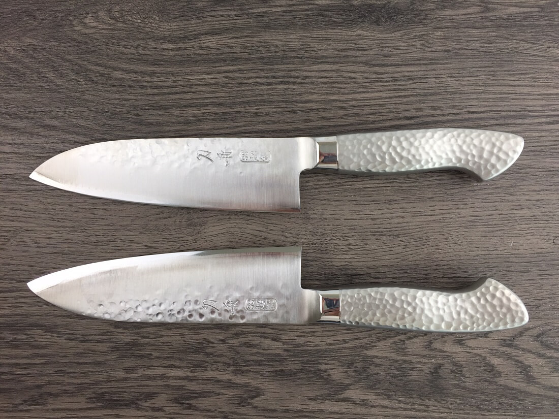 comparing left-handed and right-handed chef knives