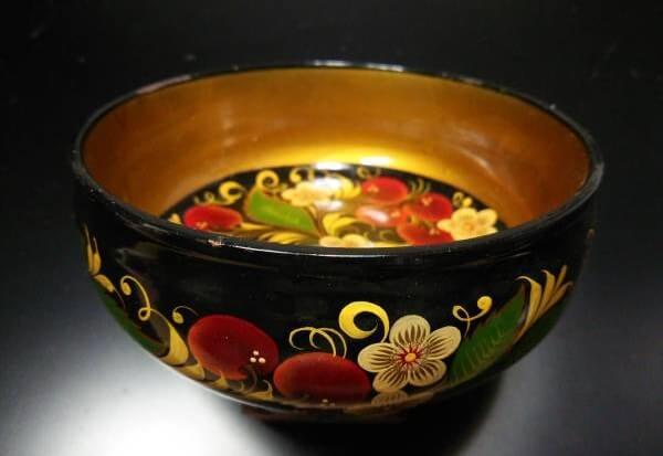 artistic Japanese lacquerware