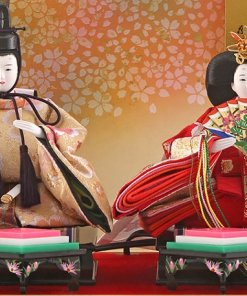 Hina dolls, a Japanese doll, compact size pair dolls set Miyuki (WHite), details of the emperor and the empress dolls