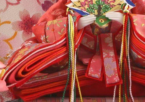 Hina dolls, a Japanese doll, gorgeous pair dolls set Ukibune, details of Kimono cloth of the empress doll