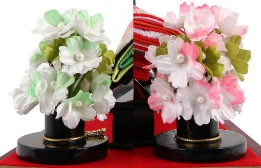 Hina dolls, a Japanese doll, compact size pair dolls set Miyuki (Red), details of flower ornaments
