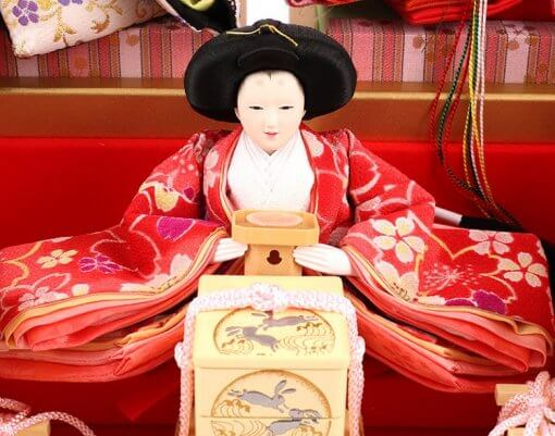 Hina dolls, a Japanese doll, gorgeous 5 dolls set Wakana, entire view of one of the three court ladies (B)