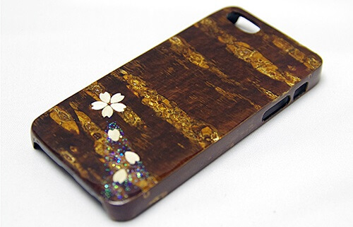 Japanese crafts, Birch woodwork, iphone case
