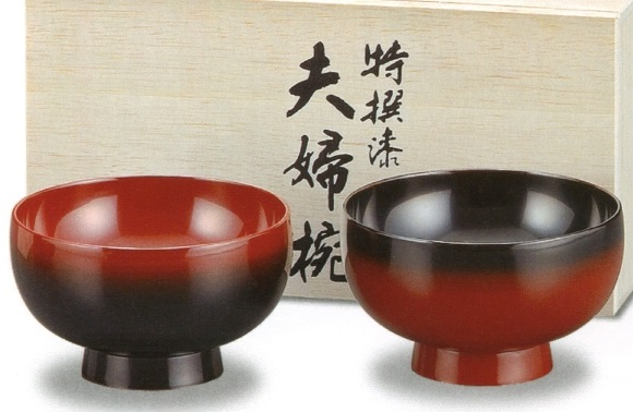 Kawatsura Lacquerware, a Japanese traditional craft, couple soup bowls