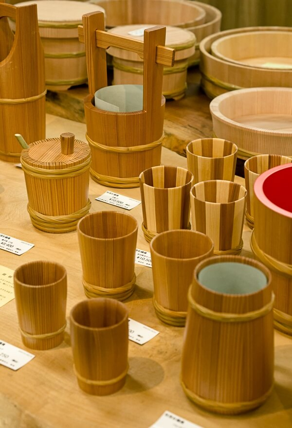 Akita Cedar barrel, Japanese traditional crafts, nicely smell sake cup products for sale