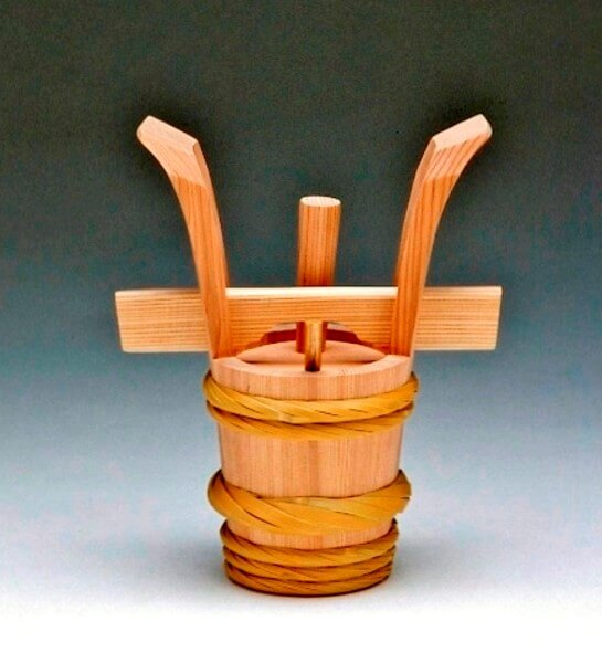 Akita Cedar barrel, Japanese traditional crafts, a Sake bucket