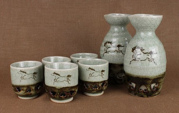 Obori Soma Pottery, a japanese kogei craft, Sake cup and server set