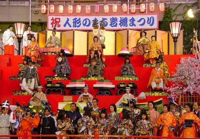 Iwatsuki Japanese dolls, a Japanese traditional crafts, jumbo Hina doll stage where people wearing trad cloths