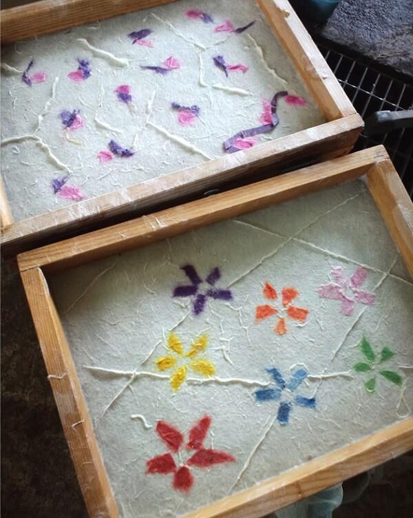 Uchiyama Washi Japanese paper, a Japanese traditional craft, flower paper making