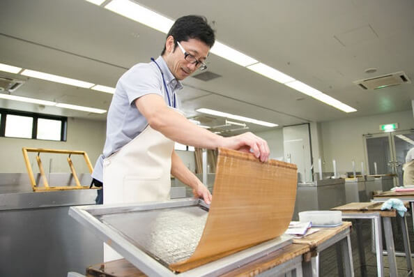 Mino Washi Japanese paper, a Japanese traditional craft, making process by a craftsman