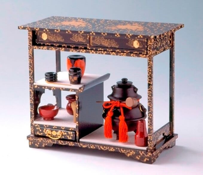 Suruga Hina Doll Accessories, a traditional Japanese craft, a craft example, cabinet