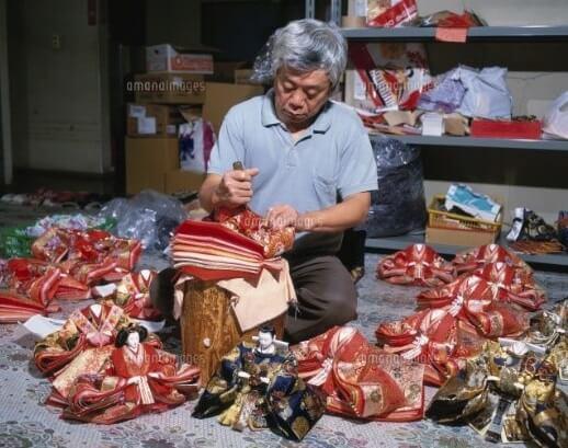 Hina dolls made in Suruga, a traditional Japanese craft, making process