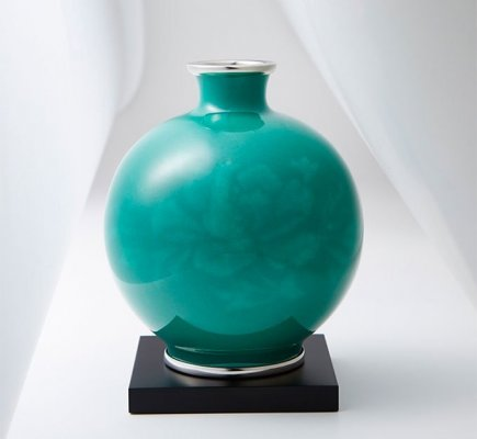 Owari Shippo 'Seven Treasures' Cloisonné Metalwork, a Japanese traditional craft, simple flower vase