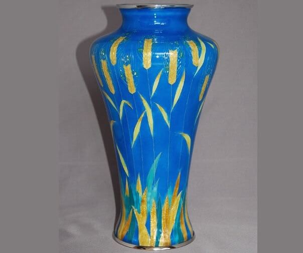 Owari Shippo 'Seven Treasures' Cloisonné Metalwork, a Japanese traditional craft, luxury flower vase (blue)