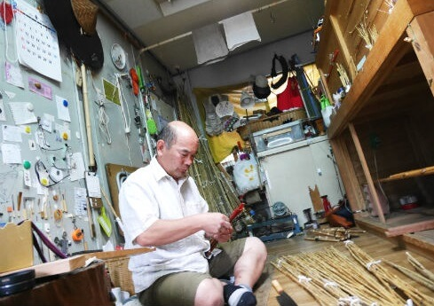 Edo bamboo fishing rod, a traditional craft of Japanese rod, a shop accepting only order made orders