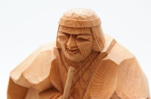 Hida Ichii one-knife carving, a Japanese traditional craft, details of grandma carving object