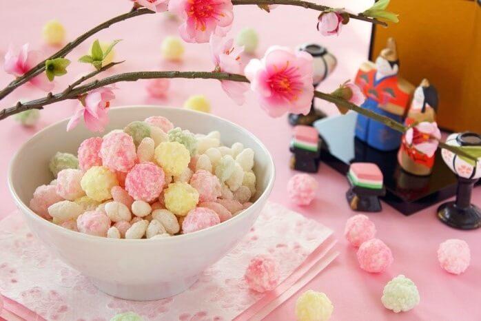 Sweets traditionally eaten in Hina festivals
