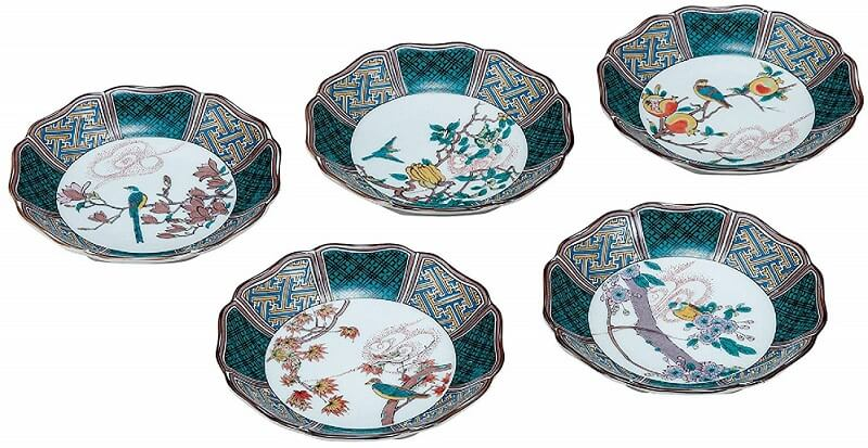 Kutani-Yaki Pottery and Porcelain, a famous Japanese crafts, dishes for everyday use