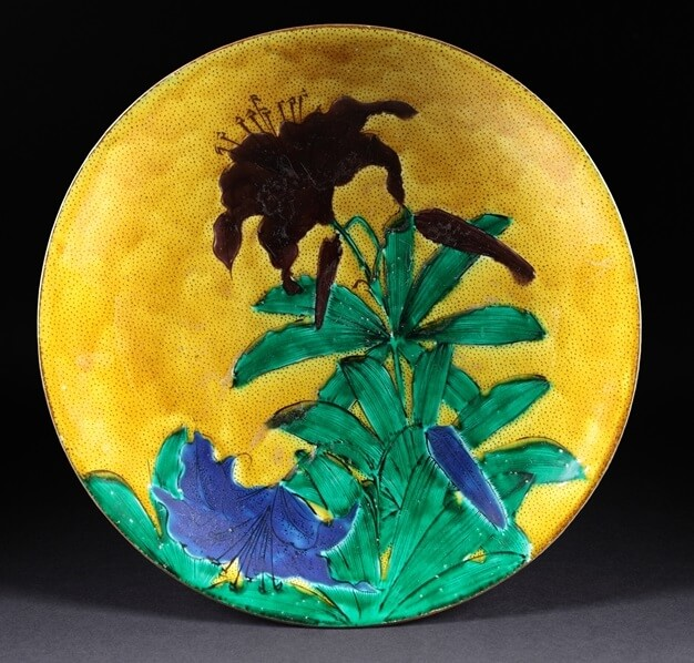 Kutani-Yaki Pottery and Porcelain, a famous Japanese crafts, antique Kutani as a Japanese art, flower painting