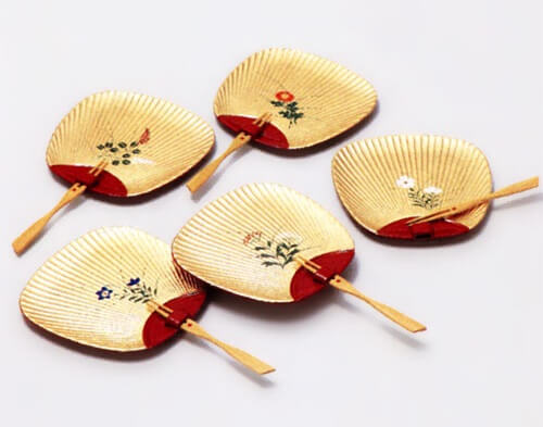 Kanazawa gold leafe, a Japanese traditional craftsmanship, golden Japanese fans