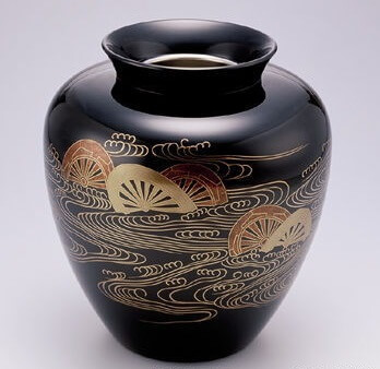 Kyoto lacquerware, a Japanese crafts, flower vase