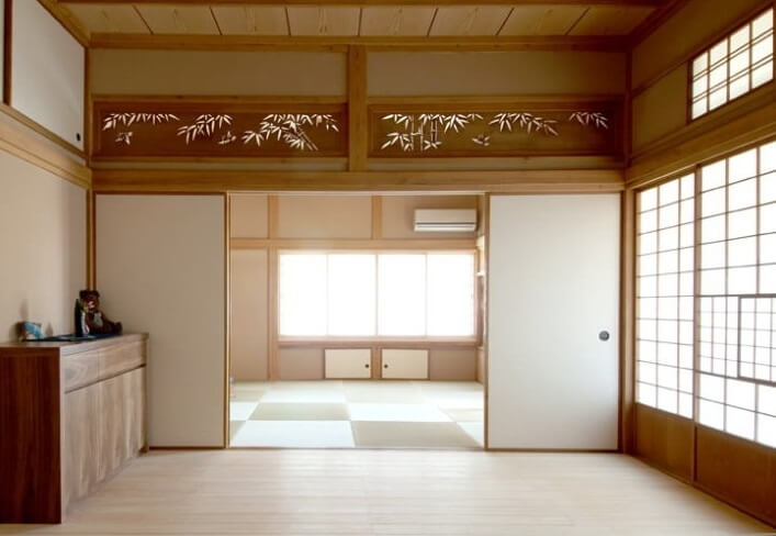 Osaka Ranma: Wood Carved Openwork Panel, use example