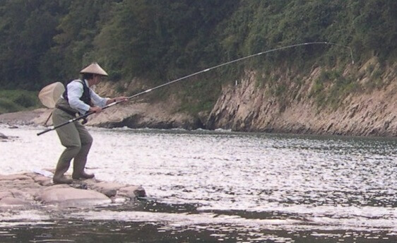 Banshu fishing flies, a Japanese traditional craft, using image by a fisherman
