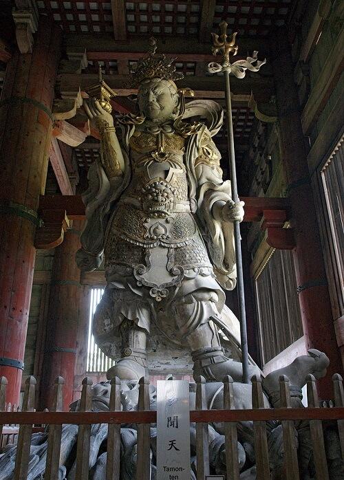 Japanese arts and crafts: Kongo Rikishi statue: buddha statue