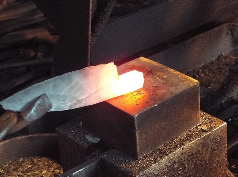 Japanese chef knives, making process of forging