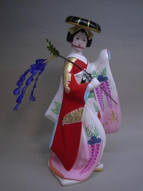 Hakata dolls, a Japanese doll craft, sample of low price beautiful woman doll B