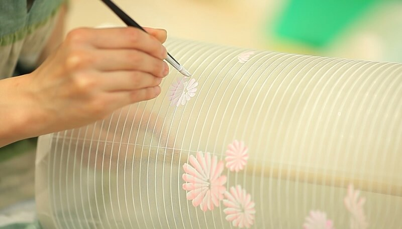 Yame paper lantern, a traditional Japanese craft, making process of drawing