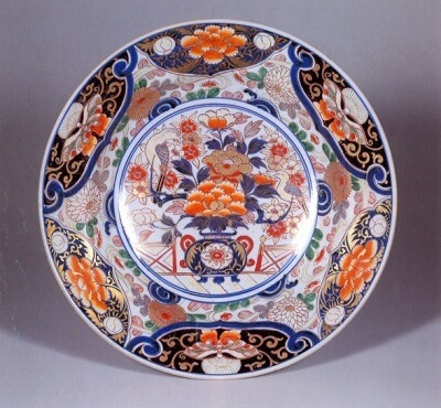 Arita Imari porcelain, a traditional Japanese craft, Koimari plate of gold trimed
