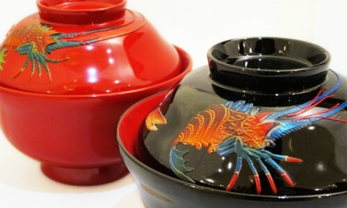 Ryukyu lacquerware, a traditional Japanese craft, black and red soup bowls