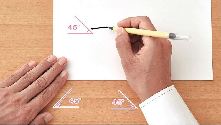 Fude pen, japanese writing brush pen, standard posture